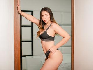 Profile picture of AlexaCarrera